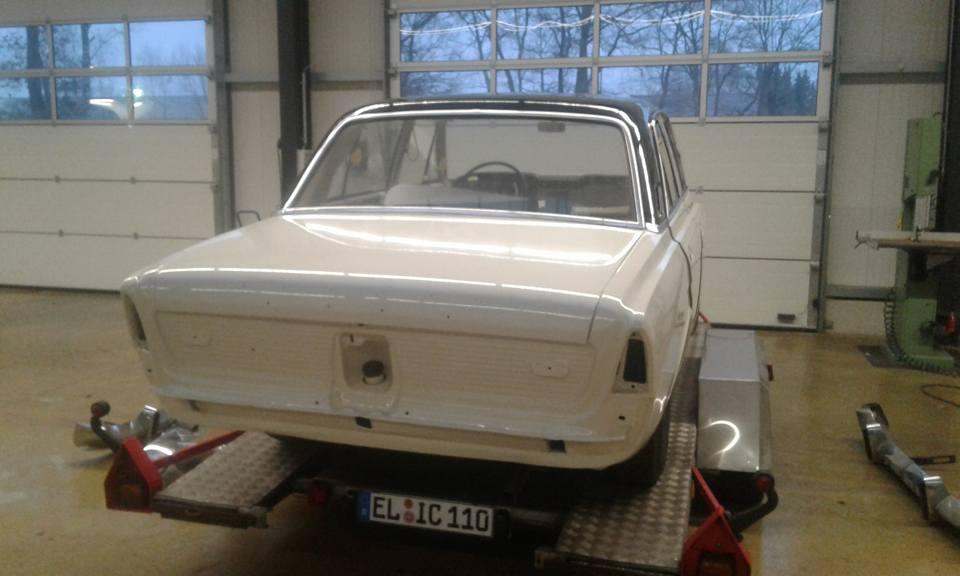 Ford 20M restauriert hinten